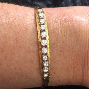 Jewelry - 18K Yellow Gold Diamond Cobra Link Bracelet